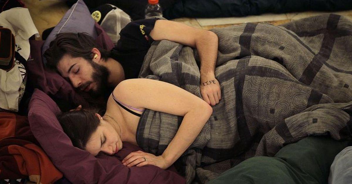 Löffelchen schlafposition