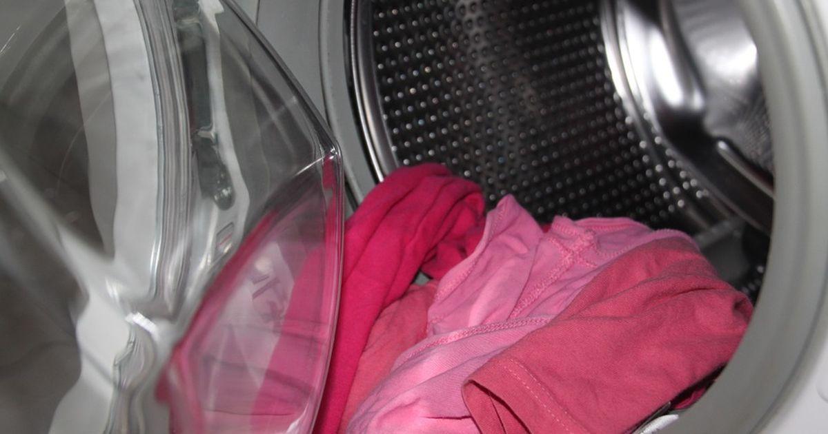 deshalb solltet ihr essig in eure waschmaschine kippen. Black Bedroom Furniture Sets. Home Design Ideas
